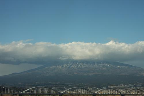 IMG_3966富士山の上も雲.JPG